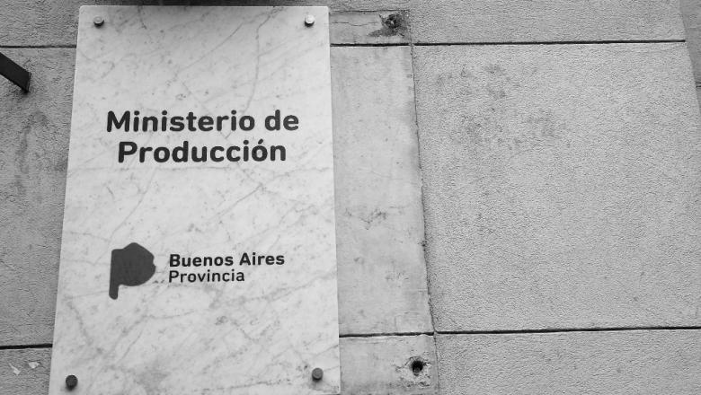Ministerio de producci n un sill n vac o con una historia for Ministerio de produccion